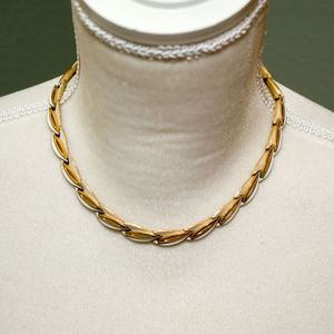 Crown Trifari Articulated Necklace White Enamel